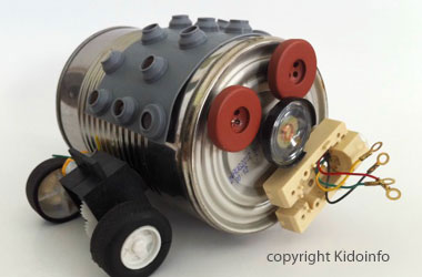 photo of tin can robot